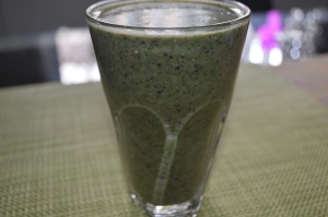 Banana Kale Mixed Berries Coconutwater Hemp seeds (2)