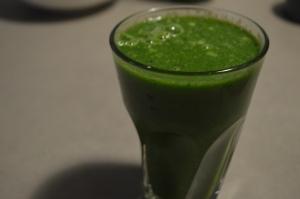 Celery Kiwi Spinach 007