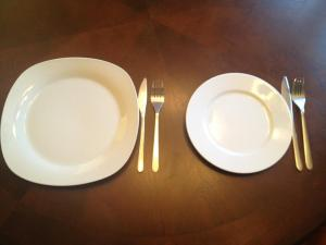 Plates Size