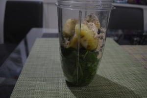 Spinach Blubberries Pineapple MacaPwdr 006
