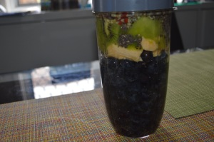 Blueberries, Banana, Kiwi , Gojiberries, Chia Seeds, Hemp Seeds (1)