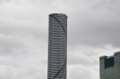 Meriton Apartments -Tallest Building Brisbane with 80 Flloors (1)
