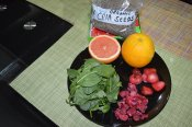 Spinach, Raspberry, Straeberry, Grapefruit, Orange , Chia Seeds (1)