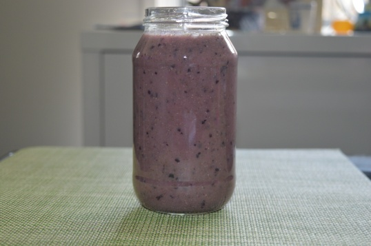 Black Grapes, Pineapple, Mint, Banana, Coconut Water 013